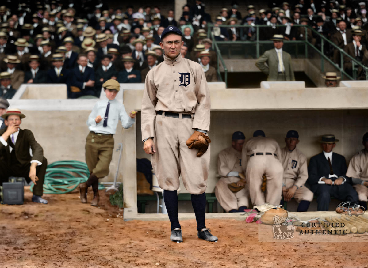Ty Cobb - Detroit Tigers (1913)
