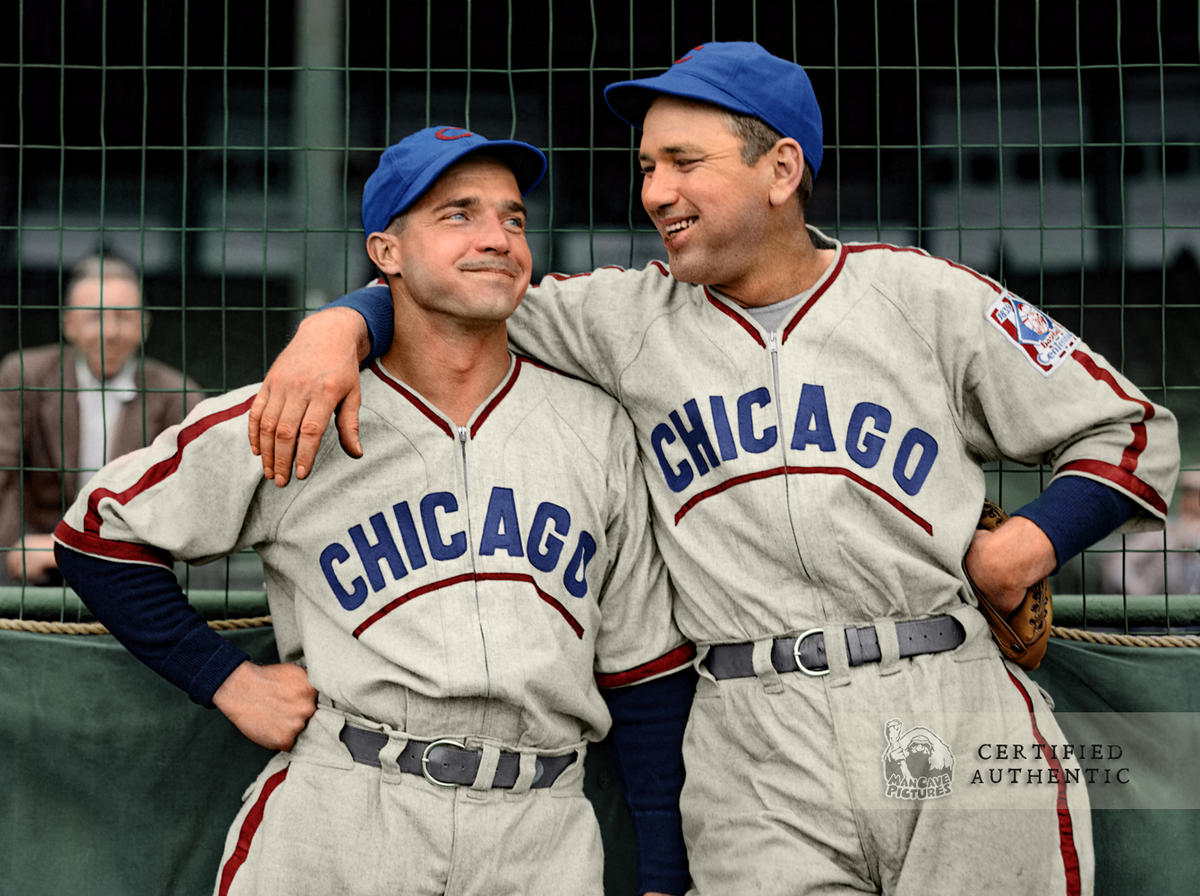 Bob Garbark & Dizzy Dean -  Chicago Cubs (1939). Original B&W © 1939 Leslie Jones