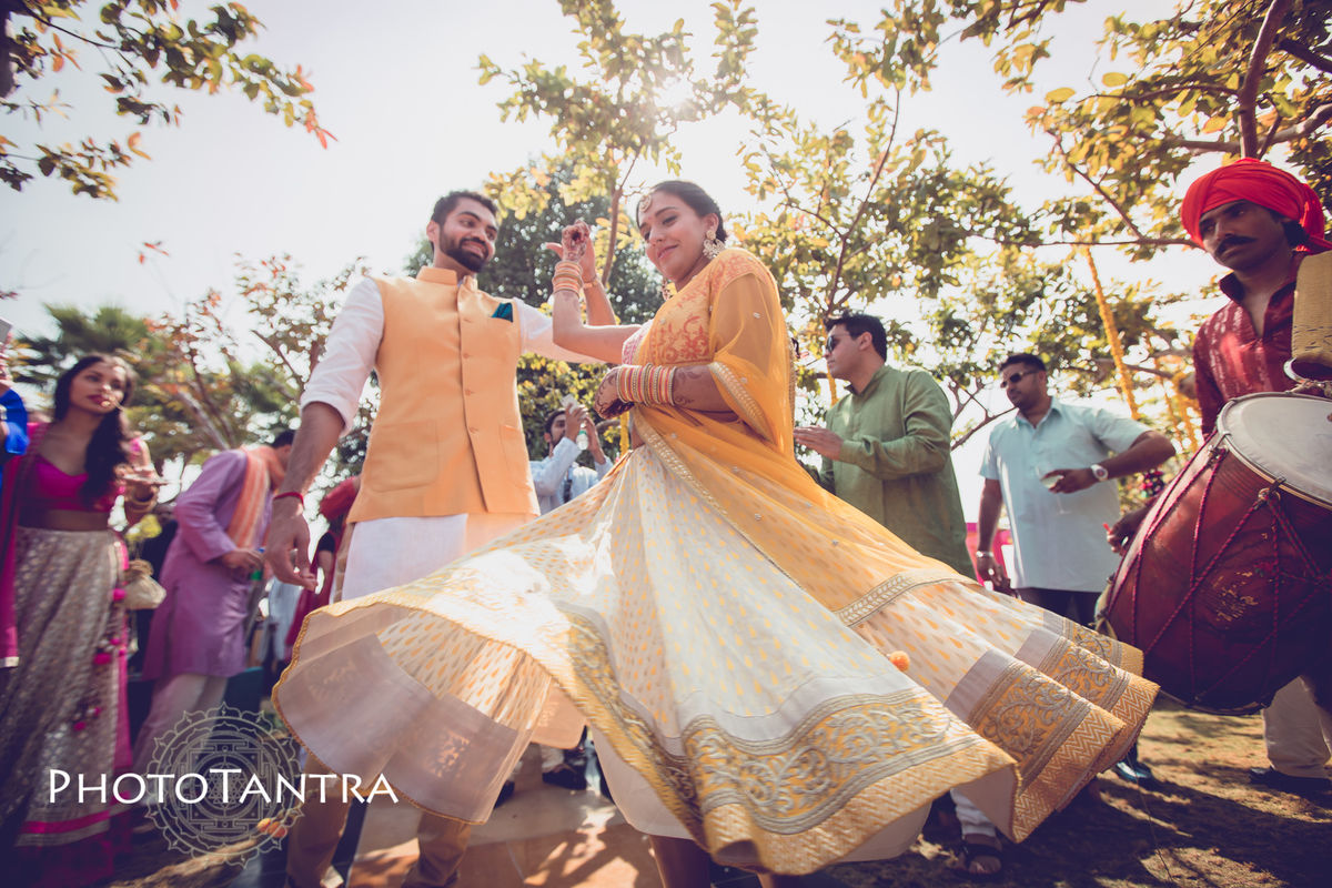 Devang and Tarisha : The Grand Gujarati Wedding at Jagmandir, Udaipur