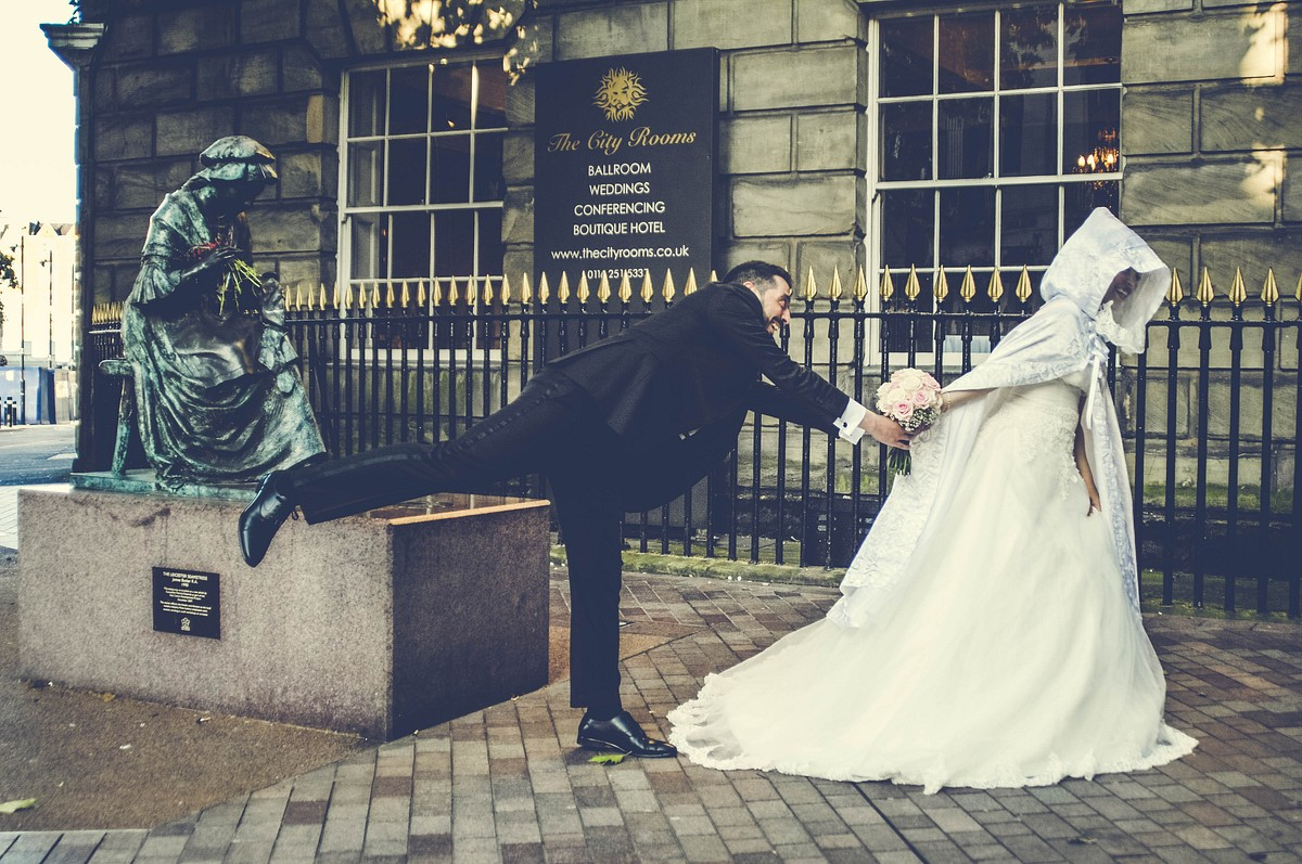 Modern & Creative Wedding Photography