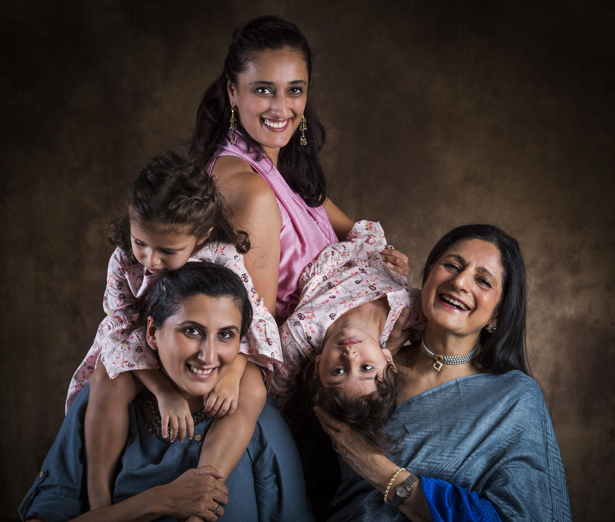 Ashima Narain with her Mom, Rewa, her sister, Ruchi and her daughters, Saira and Jahanara