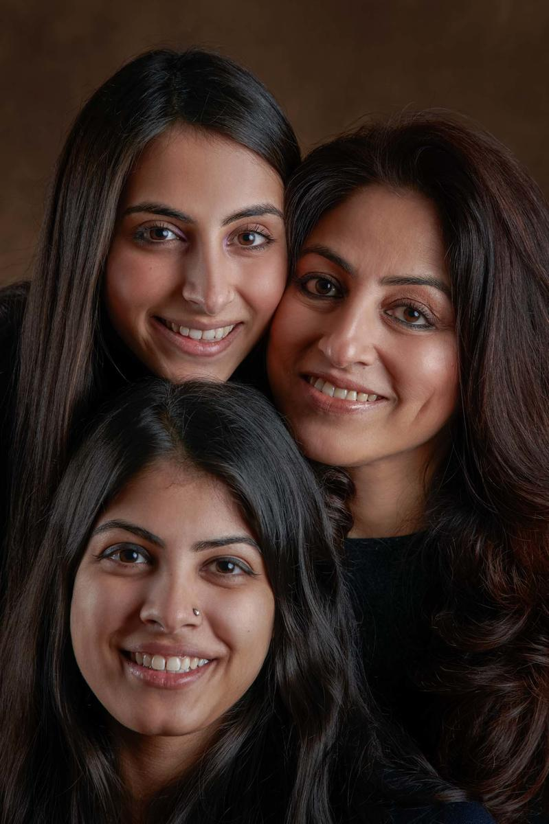 """Mothers & Daughters"" ... Preeti Budhraja and her daughters, Marukh and Mahira ... photographing a photographer's family is a nerve-wracking experience, but when the women are as charming as these 3, most definitely worth it ..."