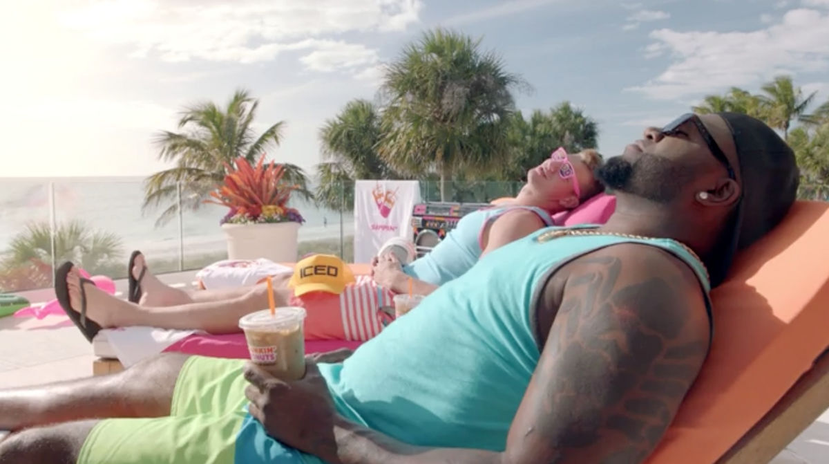 Dunkin Donuts - Gronk & Big Papi Chllin'
