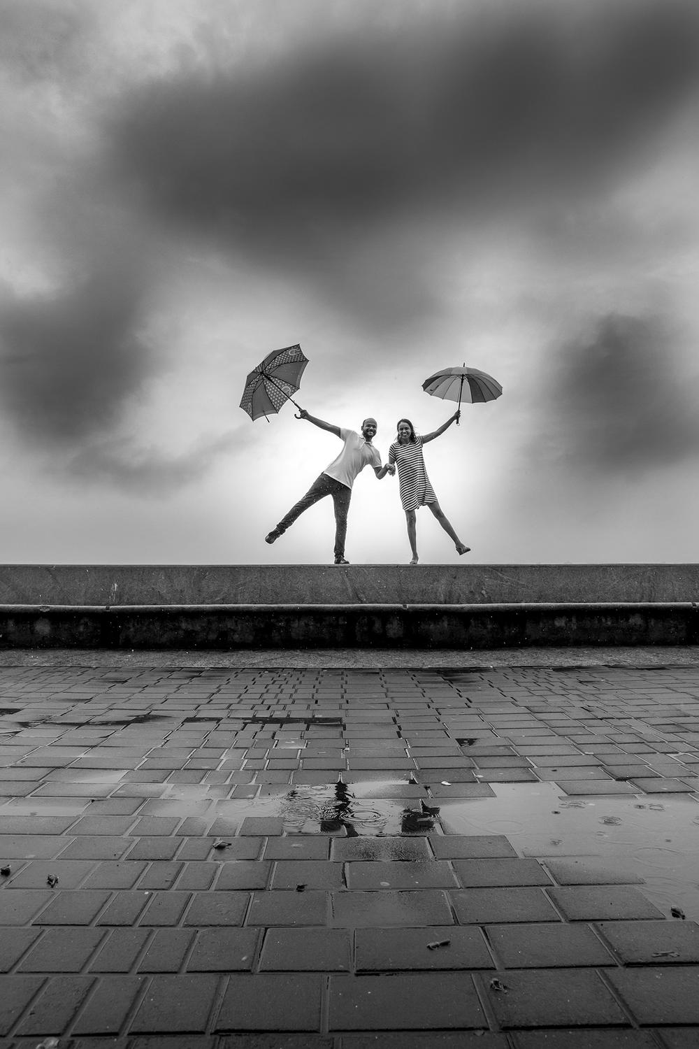 Mumbai monsoon prewedding