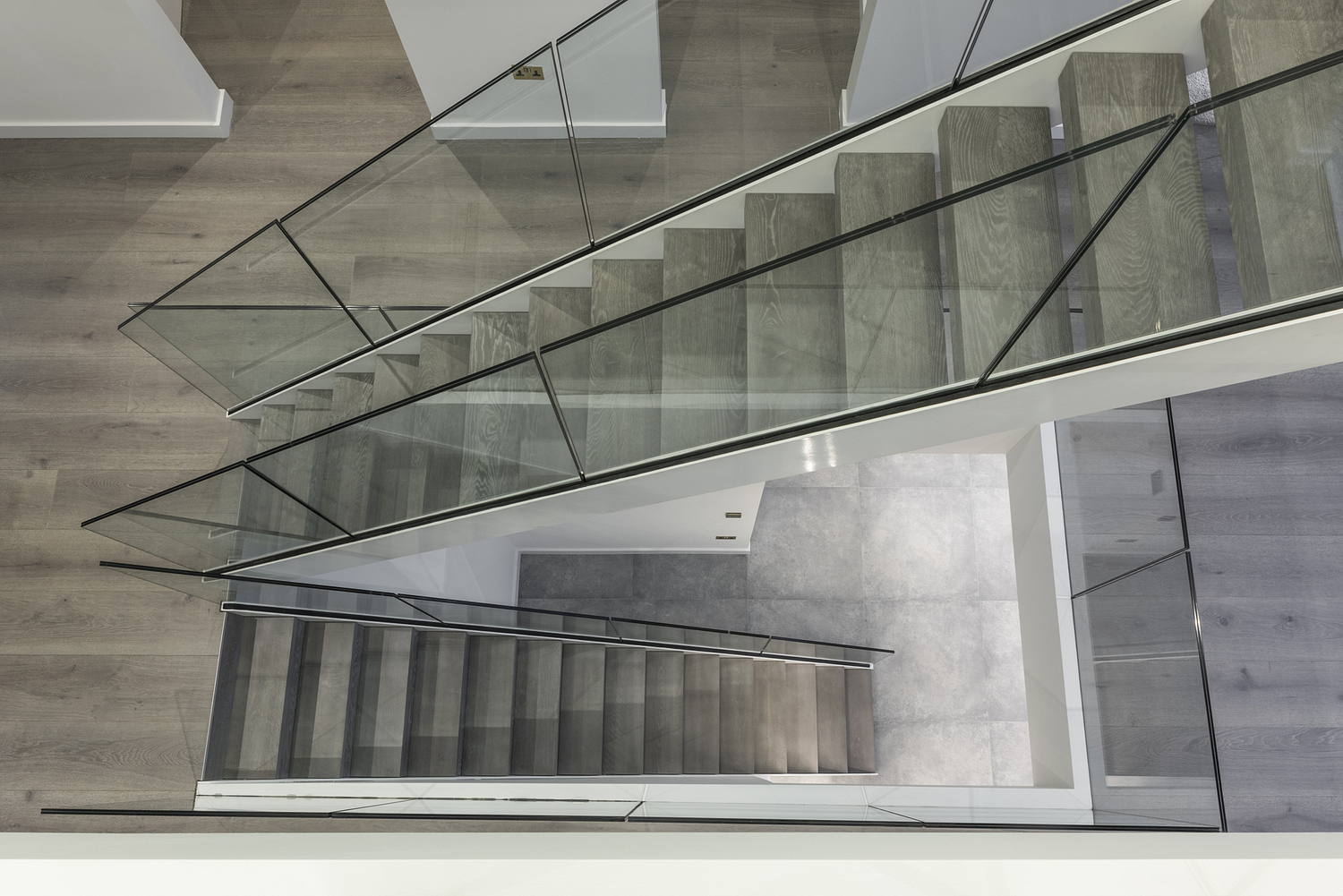 Contemporary residential glass staircase, Surrey
