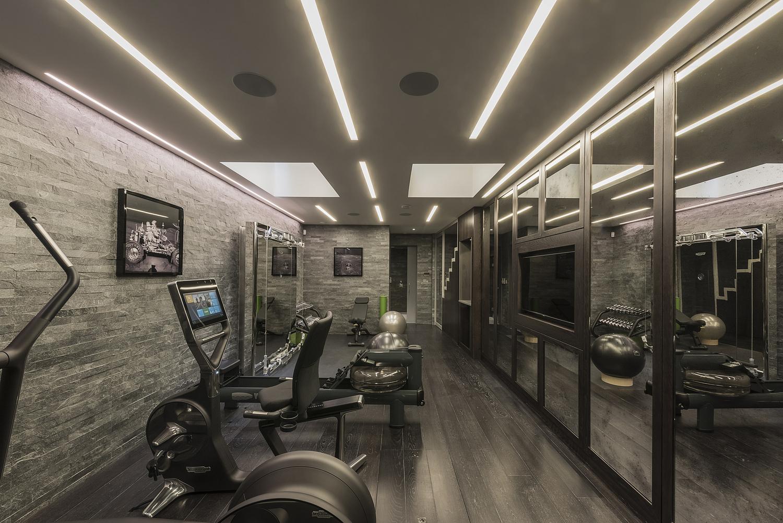 Basement residential gym, London residence
