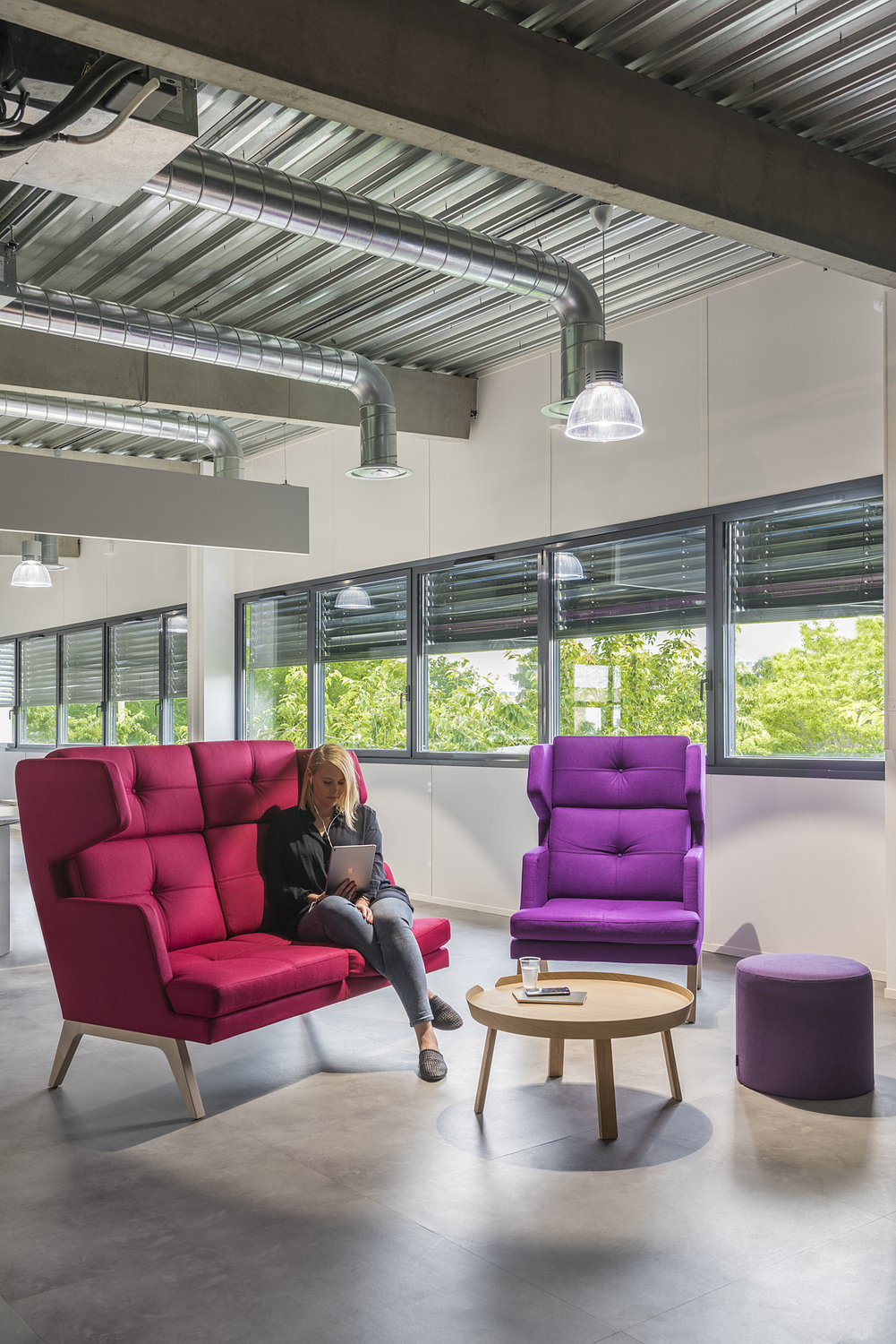 Breakout area, industrial style workspace, Toulouse