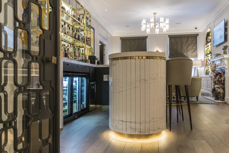 27 Restaurant & Bar, London
