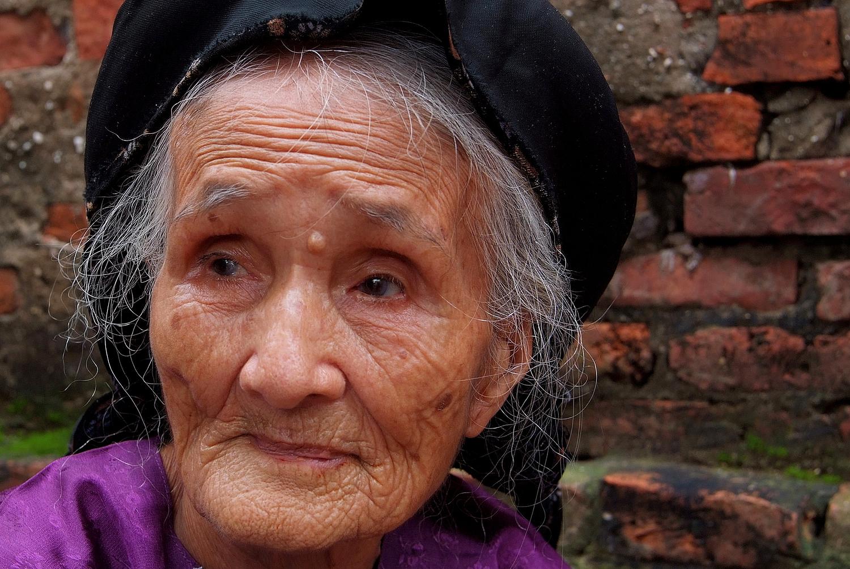 Old Woman in Hai Duong