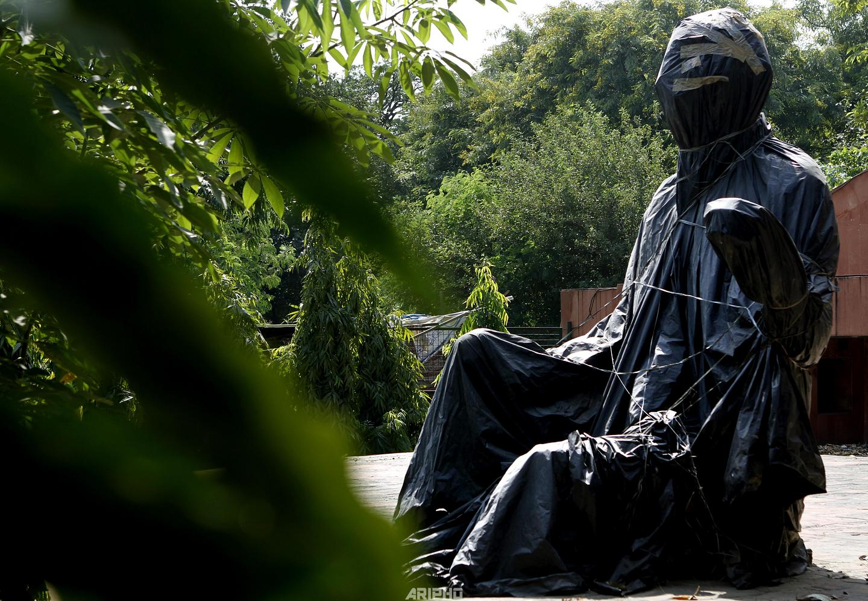Unrevealed Gandhi Statue