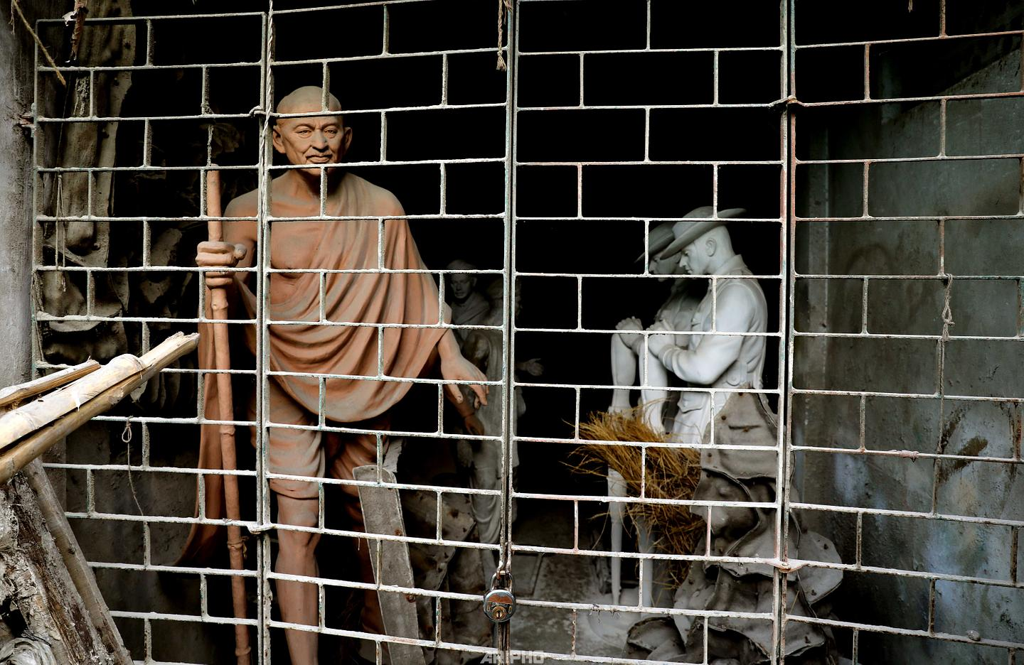 Half Finished Gandhi Statue