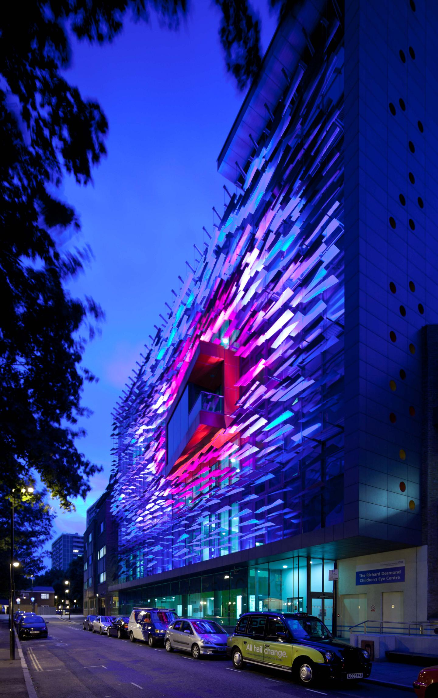 Richard Desmond Children's Eye Centre - Night - Purple