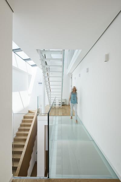 Dual House interior