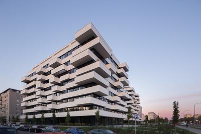 "Residential building ""Blok 32"""