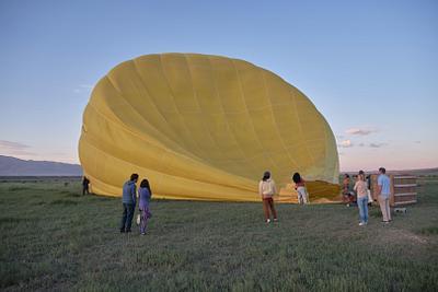 Hot air balloon in Taos