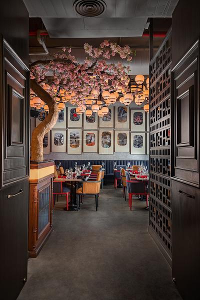 Miss Nora Restaurant Photography