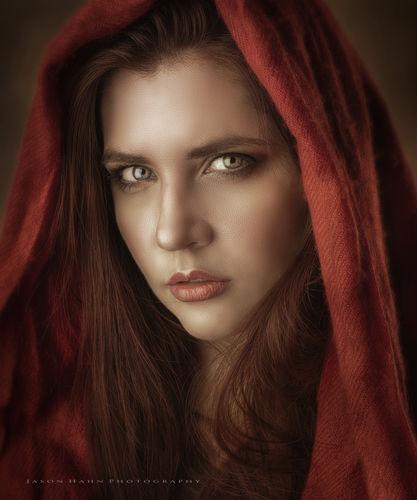 Red Riding Hood Model: Aurora O'brien