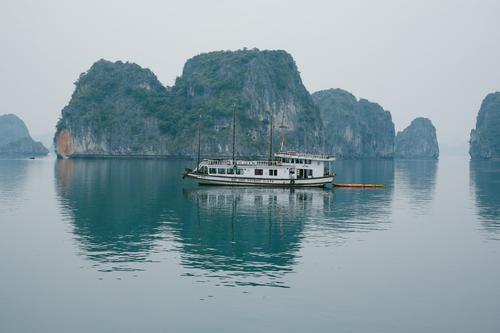 ha long bay | vietnam