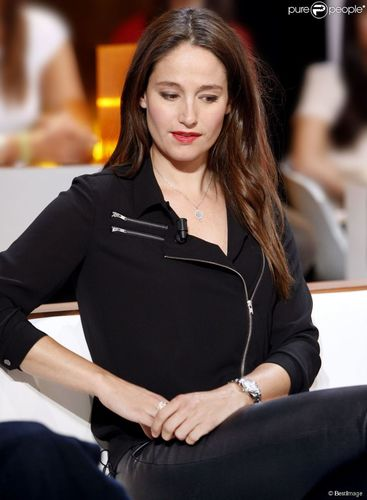 Marie Gillain, french actress. Au Field de la Nuit – TF1 TV Channel