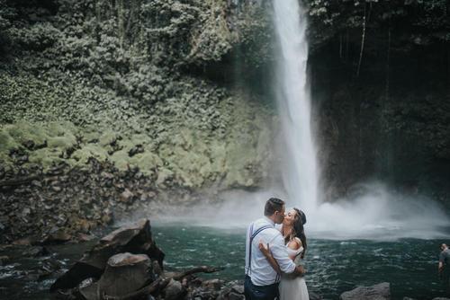 Lauren & Jordan, Elopement - La Fortuna Waterfall, Costa Rica