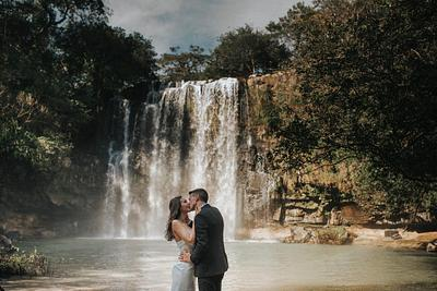 Madeline & Christian, Waterfall Elopement Costa Rica