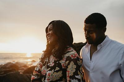 Perfect Engagement Photoshoot for Sunset Lovers