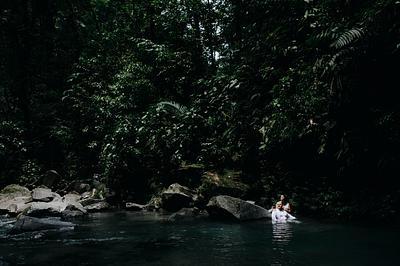 Alejandra & Jordan, La Fortuna Costa Rica Elopement