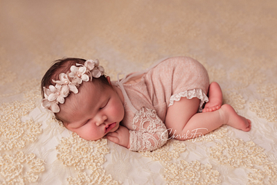 Why Book Me? Wirral Specialised Newborn Photographer