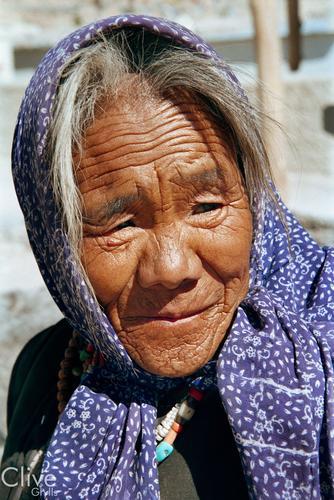 Old lady at the Changspa Tibetan settlement outside Leh, Ladakh.