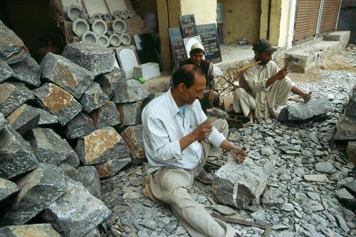 Stone masons at Pahalgam, Kashmir.