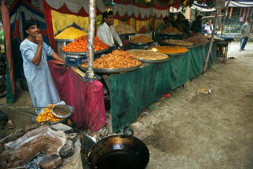 Food vendor at Pahalgam, Kashmir.