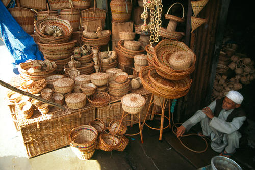 Basket maker, Srinagar, Kashmir.