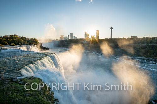 Niagara Falls Sun Streaks