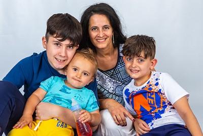 Maria Rotaru family photoshoot