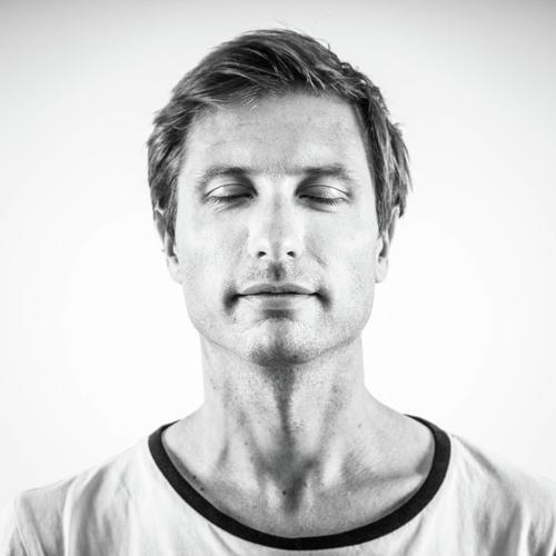 Dirk Vis - Founder Qnoop