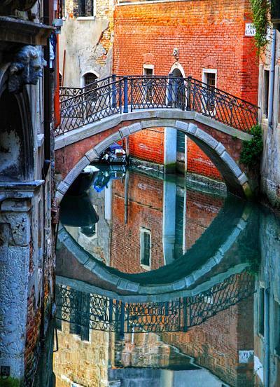 Venice, Circle Bridge
