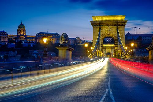 Twilight shot of traffic crossing the Chain Bridge