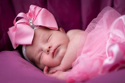Newborn Nailet