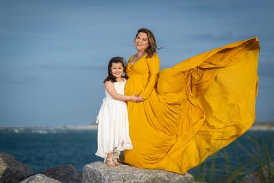 Maternity Photoshoot at the beach