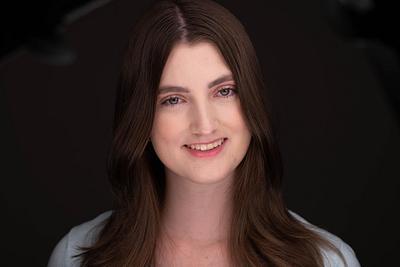 Erin Headshots 2021