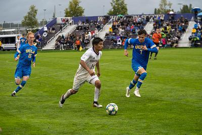 Men's Soccer - UCLA @ UW