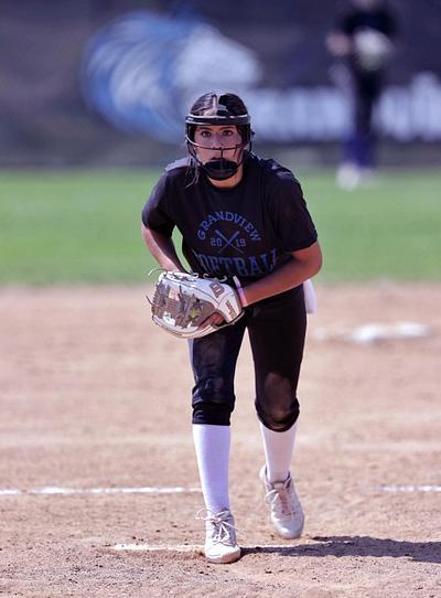 Softball Varsity Brromfield @ Grandview
