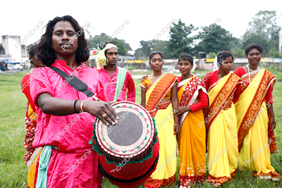 Tribal Jharkhand Girls Dancing