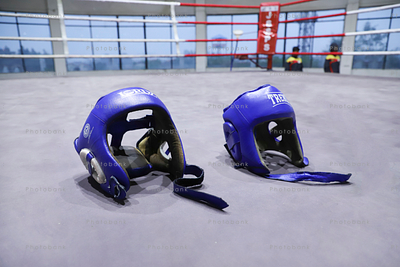 Boxing helmet in ring