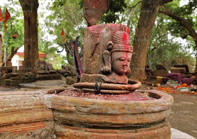 beautiful Shivlinga at Tanginath Dham