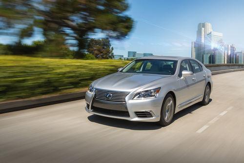 Lexus LS Daytime