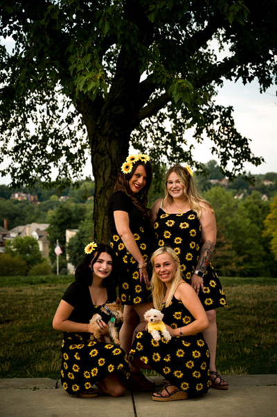 A Family Affair -- Fun Family Shoot, 4-legged Members Included!