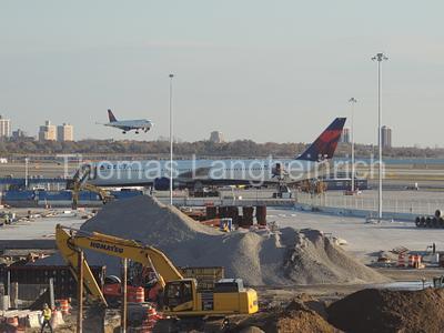 Delta Landing