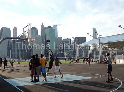 Riverside Hoops