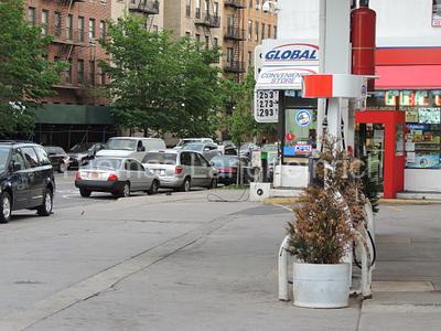Uptown Gas